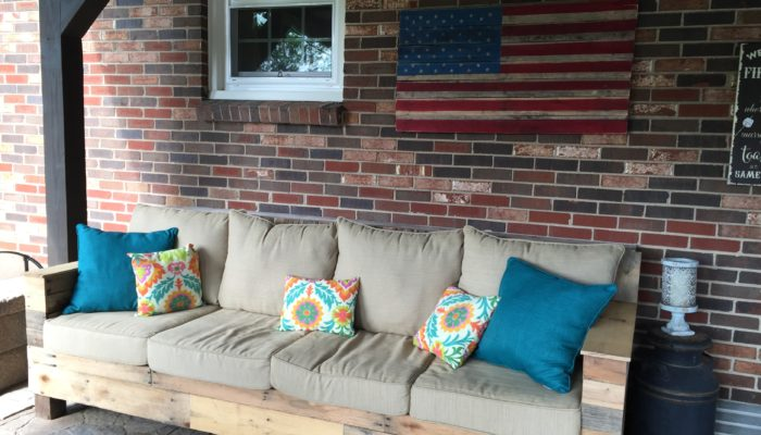 Frugal Patio Furniture and Décor Ideas