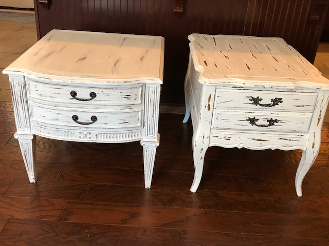 Refinish Your Furniture For The Rustic Farmhouse Look Or Flip Furniture For  Profit! This Farmhouse