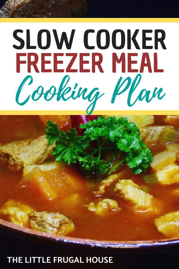 Préparez ces repas faciles à congeler à la mijoteuse pour les nuits chargées à venir.  Utilisez le plan imprimable pour préparer ces dîners faciles à la mijoteuse.
